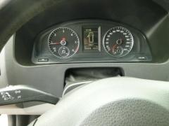 Volkswagen-Transporter-15