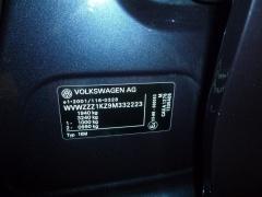 Volkswagen-Golf-40