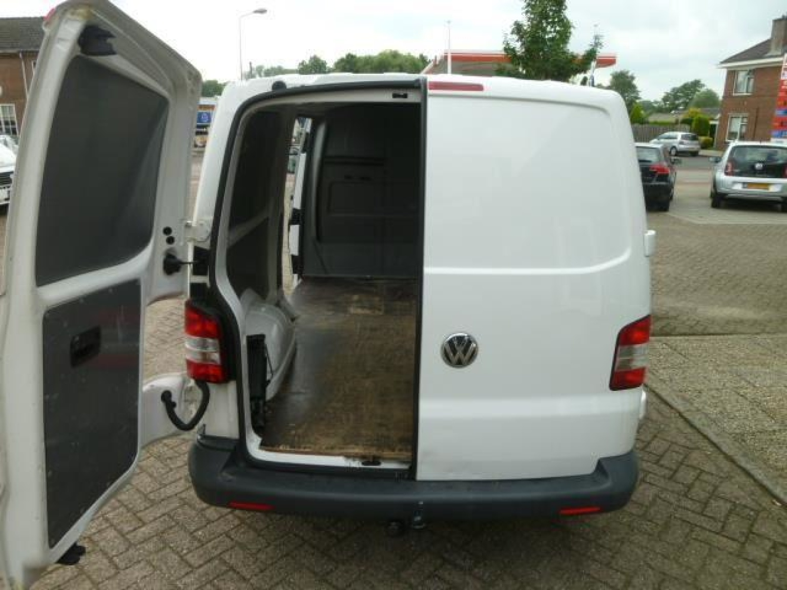 Volkswagen-Transporter-25