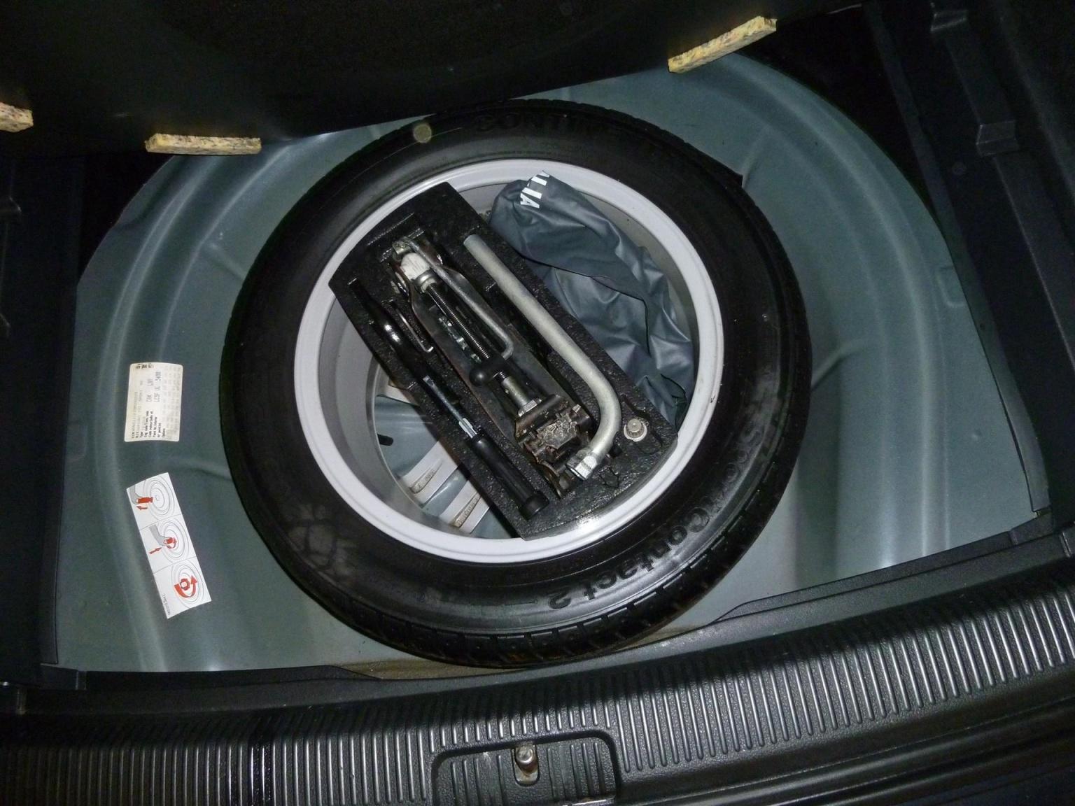 Volkswagen-Golf-25