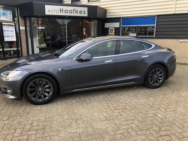 Tesla-Model S