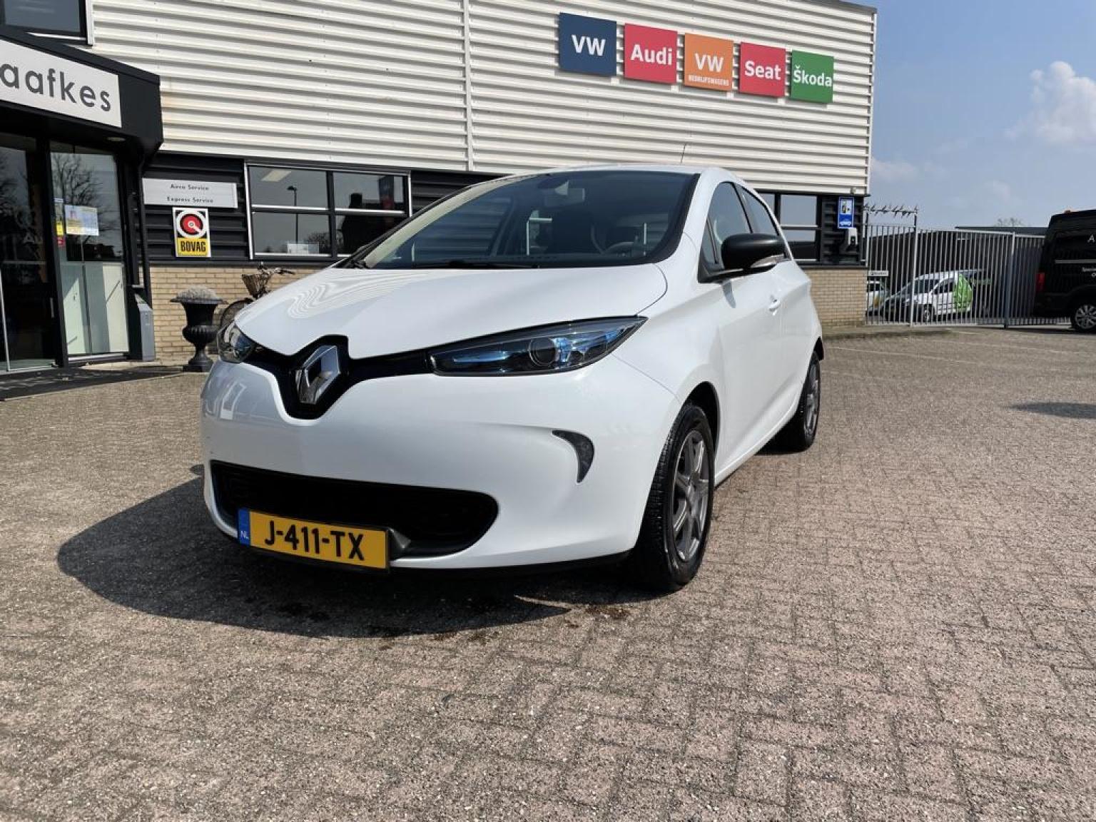 Renault-ZOE-1