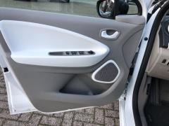 Renault-ZOE-15